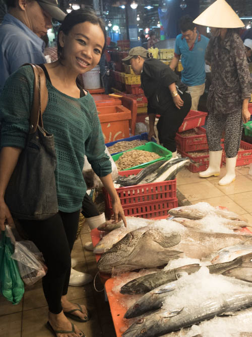 Binh dien saigon 39 s wholesale seafood market the for Wholesale fish market near me