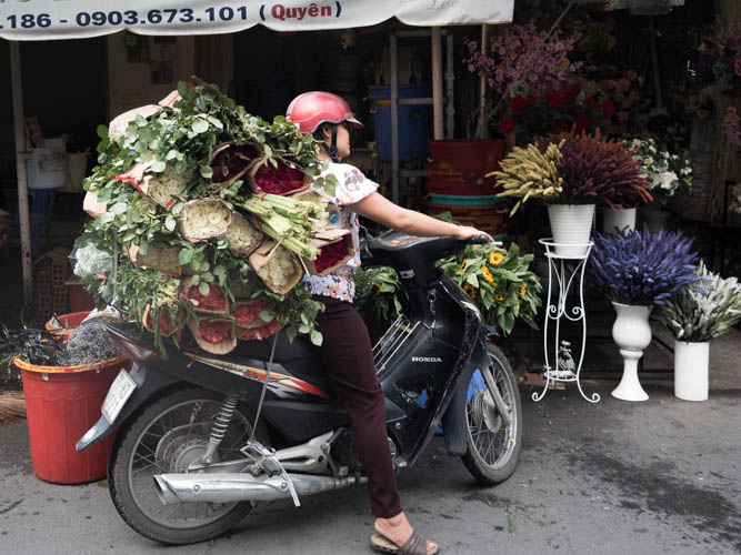Ho Thi Ky Saigon wholesale flower market