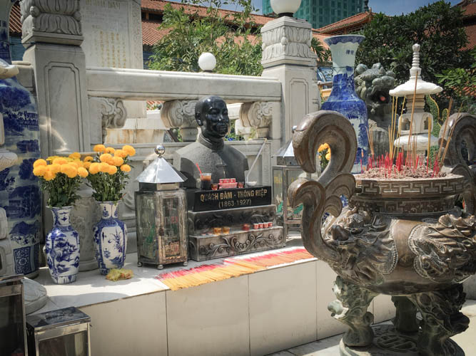 Alter in the middle of Binh Tay Market