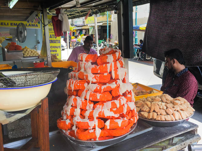 The Essential Guide to Must-try Food in Penang - The Roaming